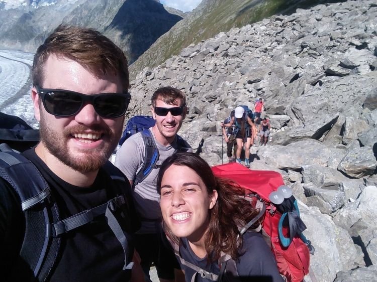 group-hike-aletsch-1